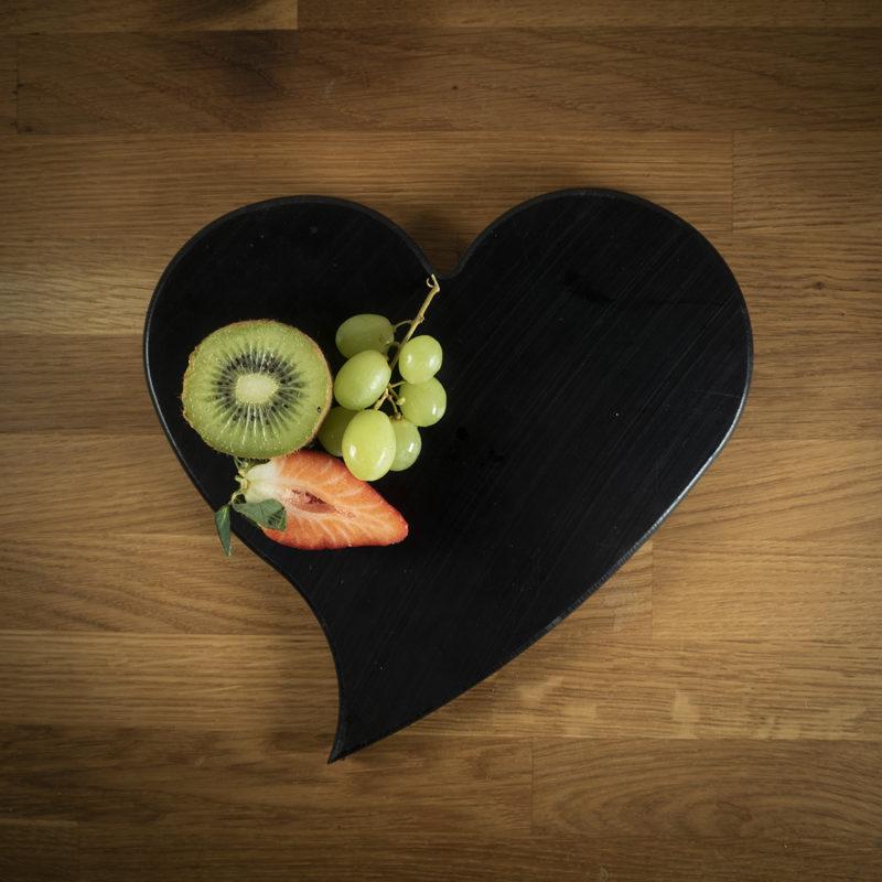Leikkuulauta musta sydan